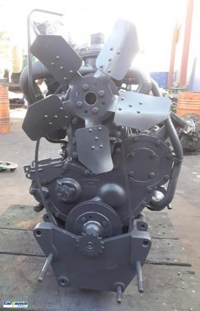 Motor Perkins P4000 do trator Massey Ferguson 292