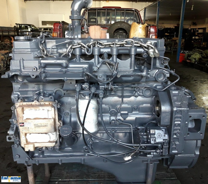 Motor Cummins ISB. Aplicado na motoniveladora Case
